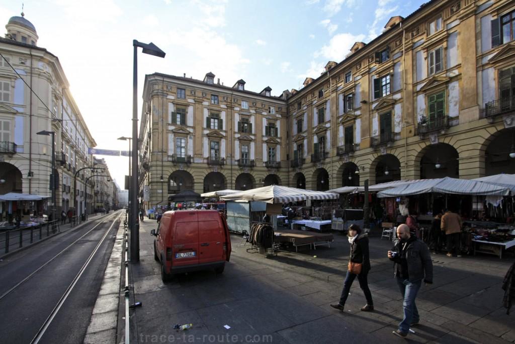 Le Marché sur la Piazza della Repubblica de TURIN