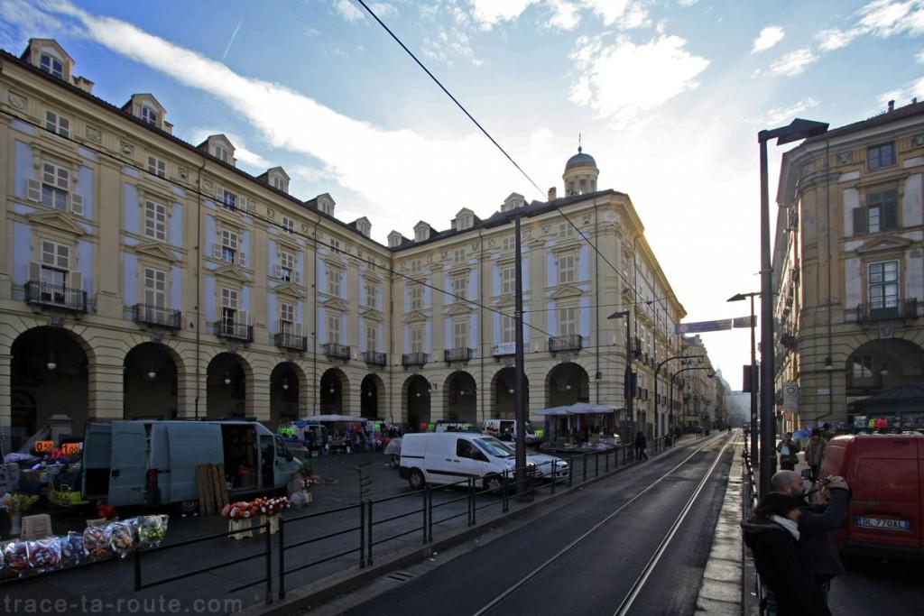 La via Roma et la Piazza della Repubblica de TURIN