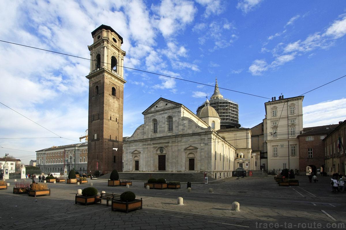 Cathédrale San Giovanni Battista de Turin Duomo di Torino sur la Piazza San Giovanni