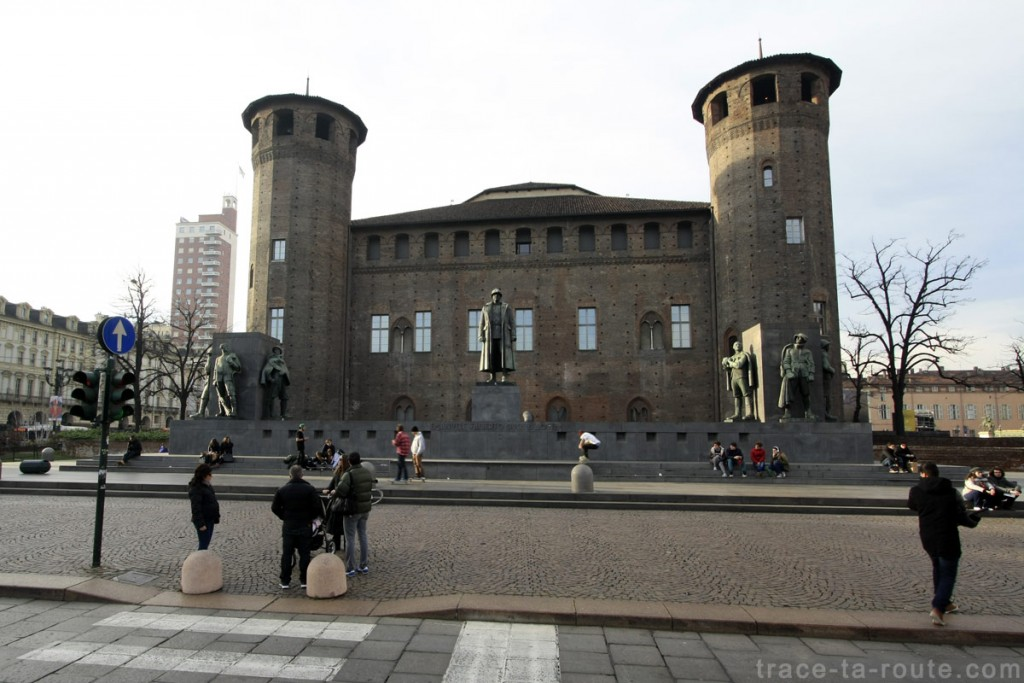 Le Château du Palais Madame (Palazzo Madama) sur la Piazza Castello de Turin