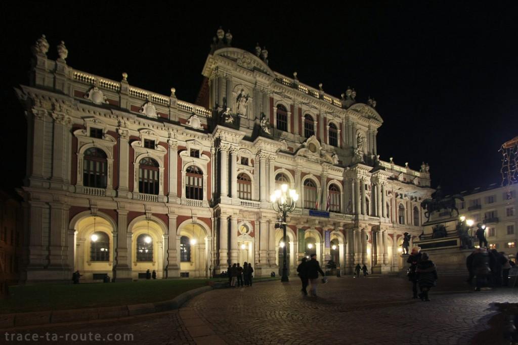 Palazzo Carignano sur la Piazza Carlo Alberto de Turin