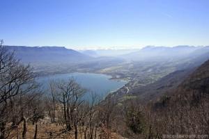 Vue sur le Lac du Bourget depuis le Roc Blanc, à la Dent du Chat