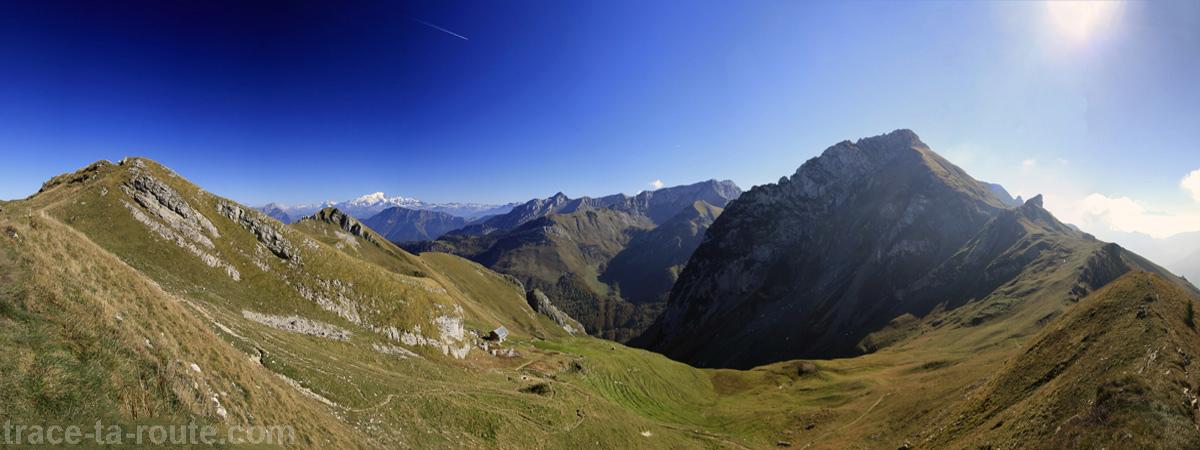 Le Trélod, Massif des Bauges et le Mont Blanc