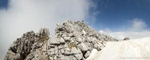 Neige au sommet du Trélod (Massif des Bauges)