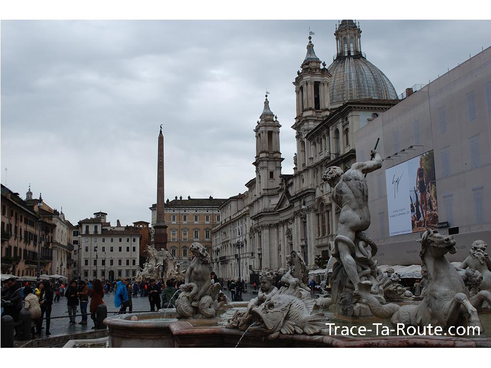 Fontaines Piazza Navona de Rome, Italie