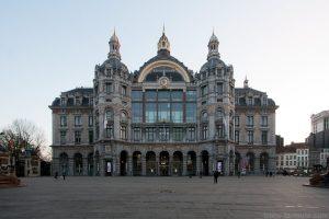Façade de la Gare Centrale d'Anvers