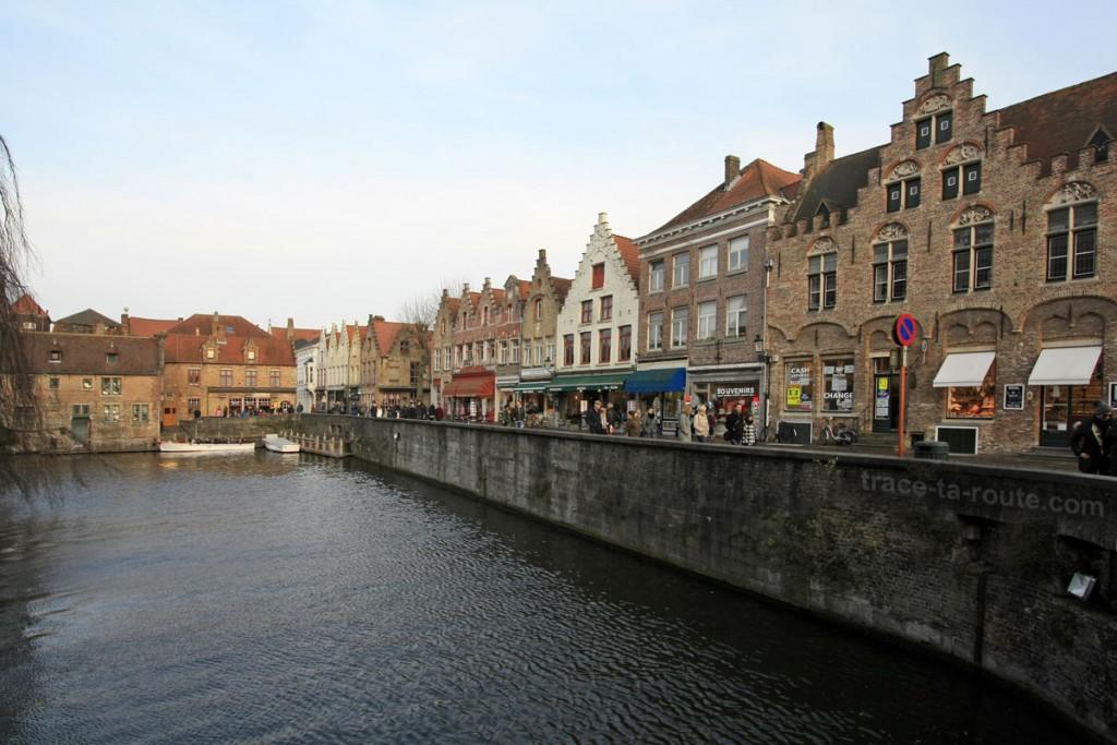 Quai du Rosaire (Rozenhoedkaai) à Bruges