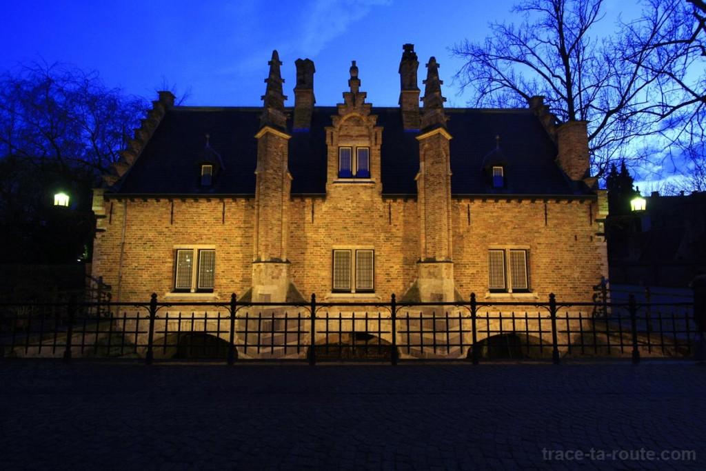 Sashuis, maison-écluse à Bruges