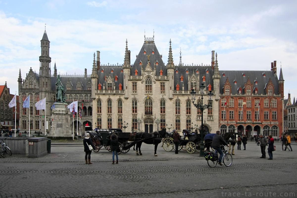 Provinciaal Hof, sur la Grand Place de Bruges
