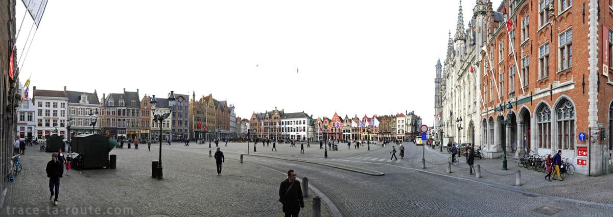 Grote Markt, la Grand Place de Bruges