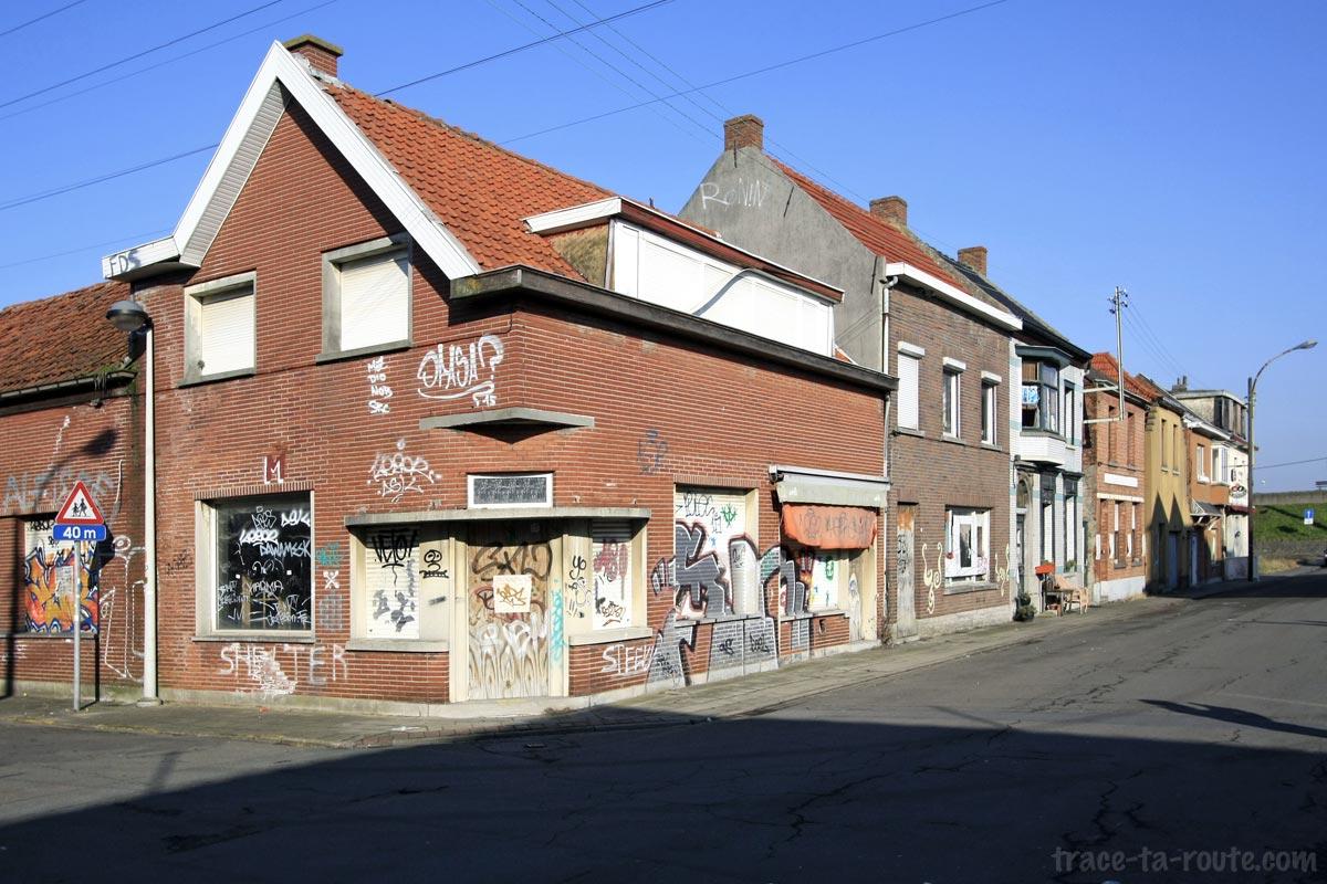 Urbex Belgique - Rue déserte village de Doel