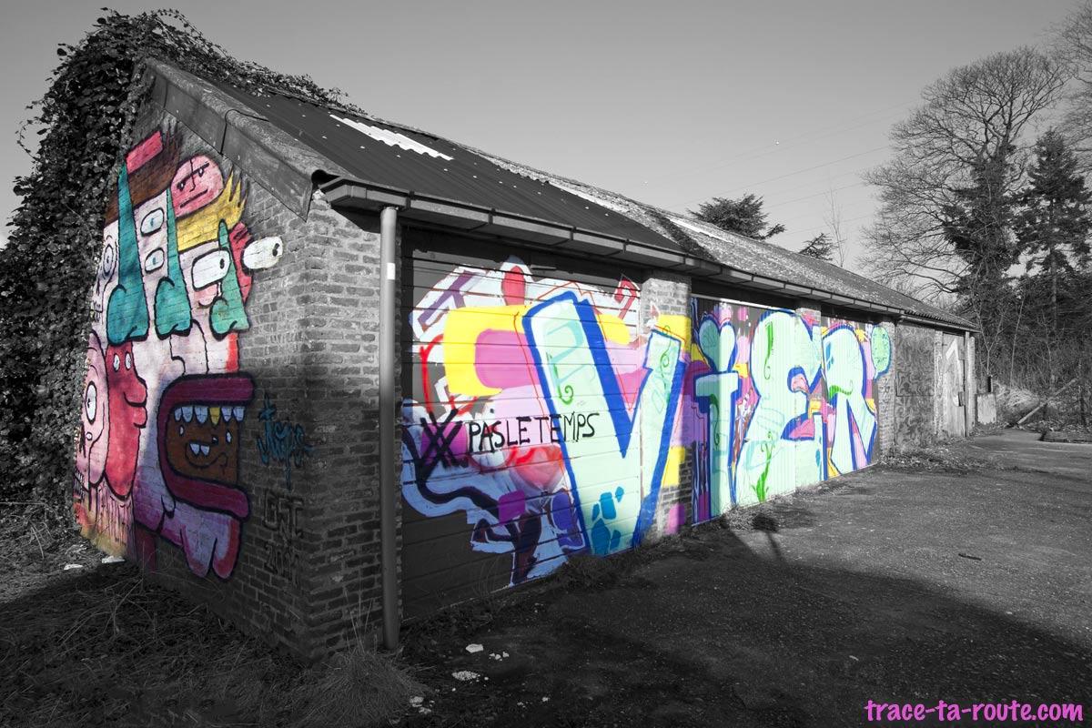 Urbex - Street Art sur des garages abandonnés à Doel Belgique © L'Oeil d'Édouard