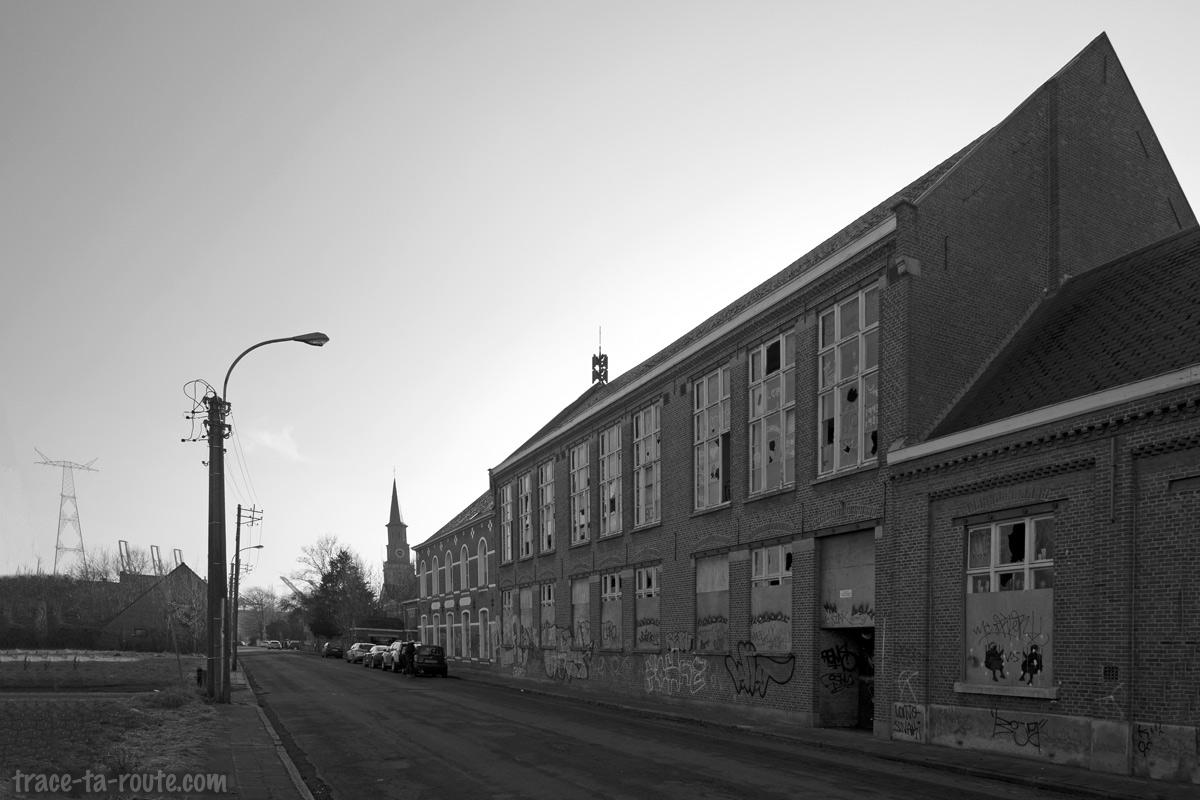 Urbex - Ancienne école abandonnée de Doel Belgique et l'église
