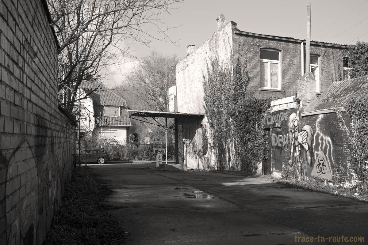 Urbex - Ancienne pompe à essence de Doel Belgique