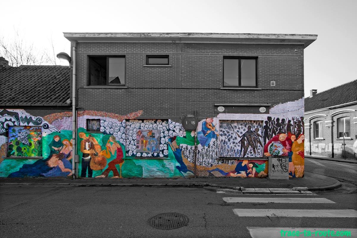 Street Art sur un commerce abandonné de Doel