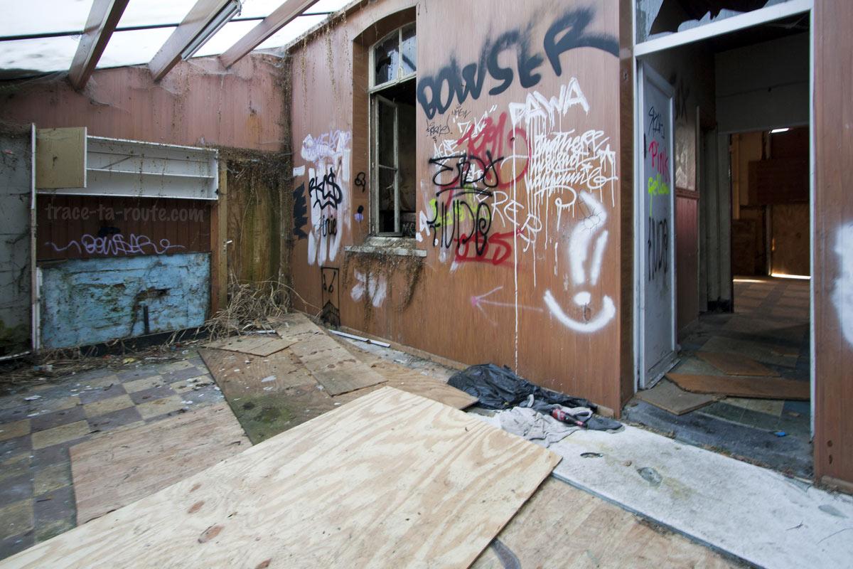 Urbex - Intérieur d'une maison abandonnée à Doel