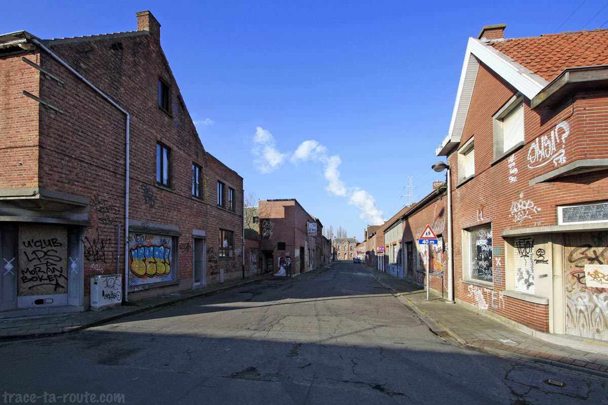 Rue déserte de Doel
