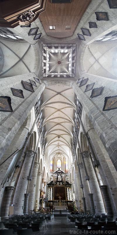 Intérieur de l'Église Saint-Nicolas de Gand, Belgique - Gent Belgium