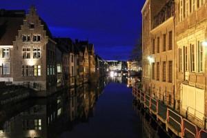 Canal de la Lys de nuit à Gand, Belgique - Gent Belgium