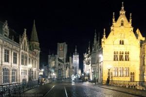 Église Saint-Nicolas et le Beffroi de Gand de nuit, Belgique - Gent Belgium