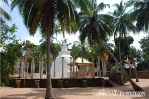 Temple à Mihintale, Sri Lanka - Blog Voyage Trace Ta Route