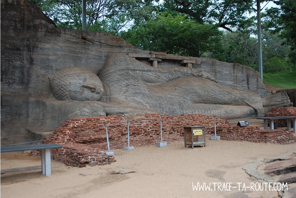 Bouddha couché à Polonnaruwa, Sri Lanka