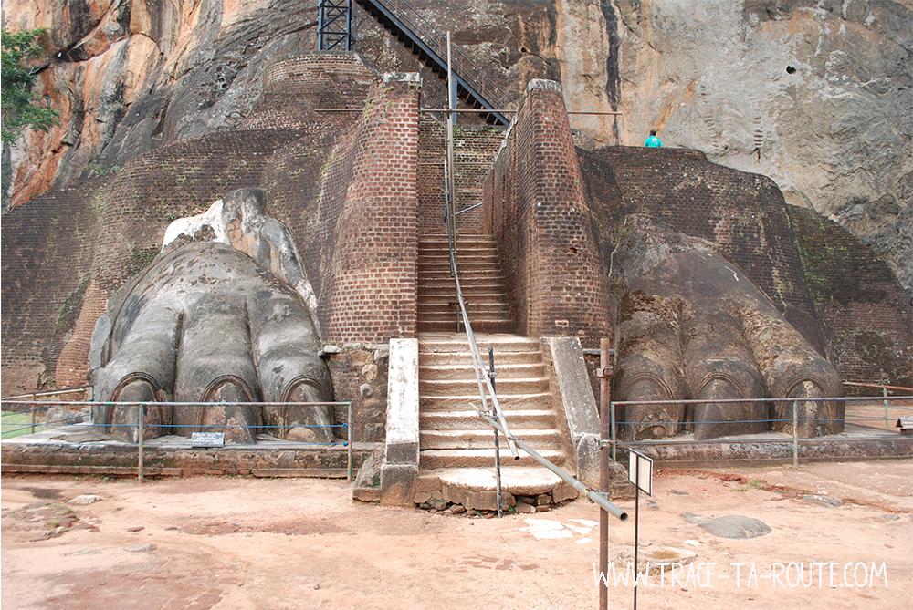 Escalier pattes de Lion à Sigiriya, Sri Lanka