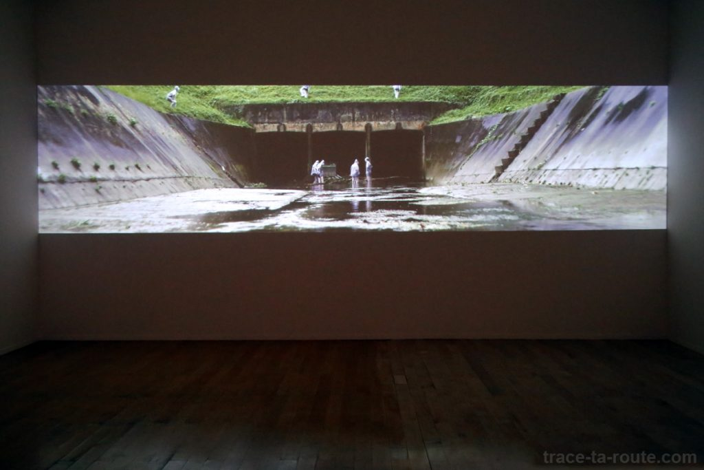 """""""All the Lines Flow Out"""" (2011) Charles LIM - Exposition OPEN SEA au MAC Lyon"""