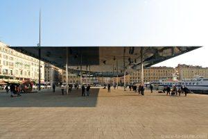 Ombrière de Norman Foster (2013) sur le Vieux-Port de Marseille