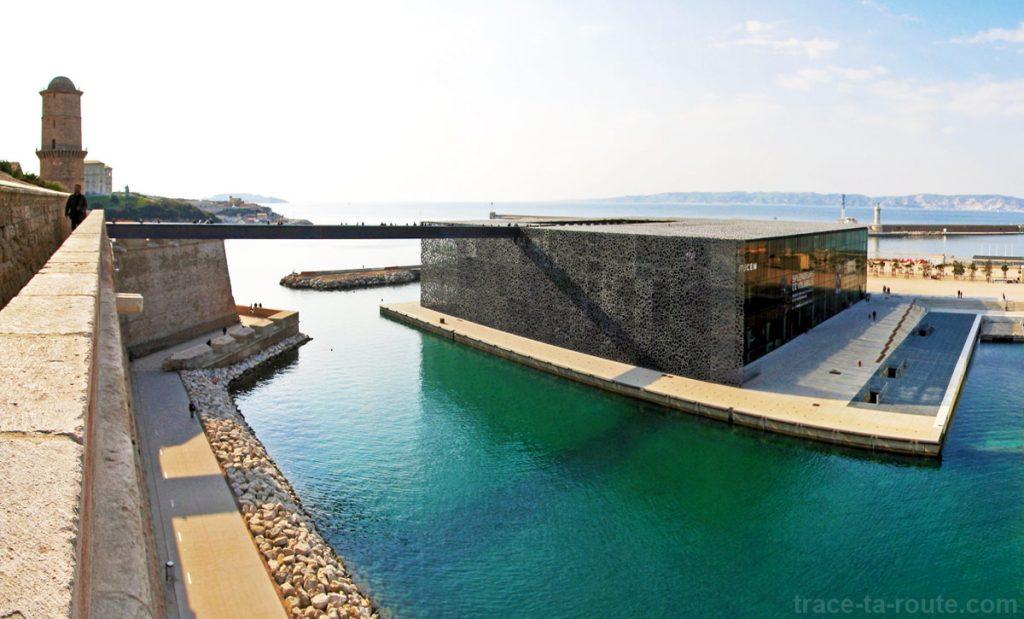 Le MuCEM, vu depuis le Fort Saint-Jean de Marseille
