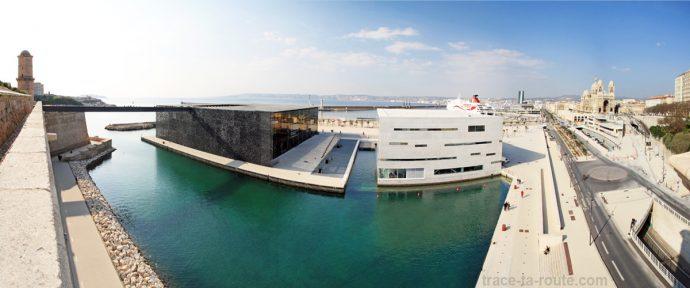 Le MuCEM, la Villa Méditerranée et la Major vu depuis le Fort Saint-Jean de Marseille