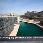 Passerelle du MuCEM et vue sur Marseille