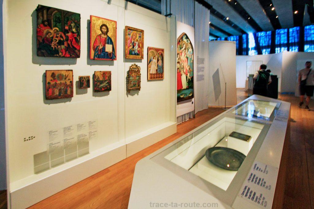 """Pèlerinages (MuCEM, salle 2 de la Galerie de la Méditerranée : """"Jérusalem, ville trois fois sainte"""")"""