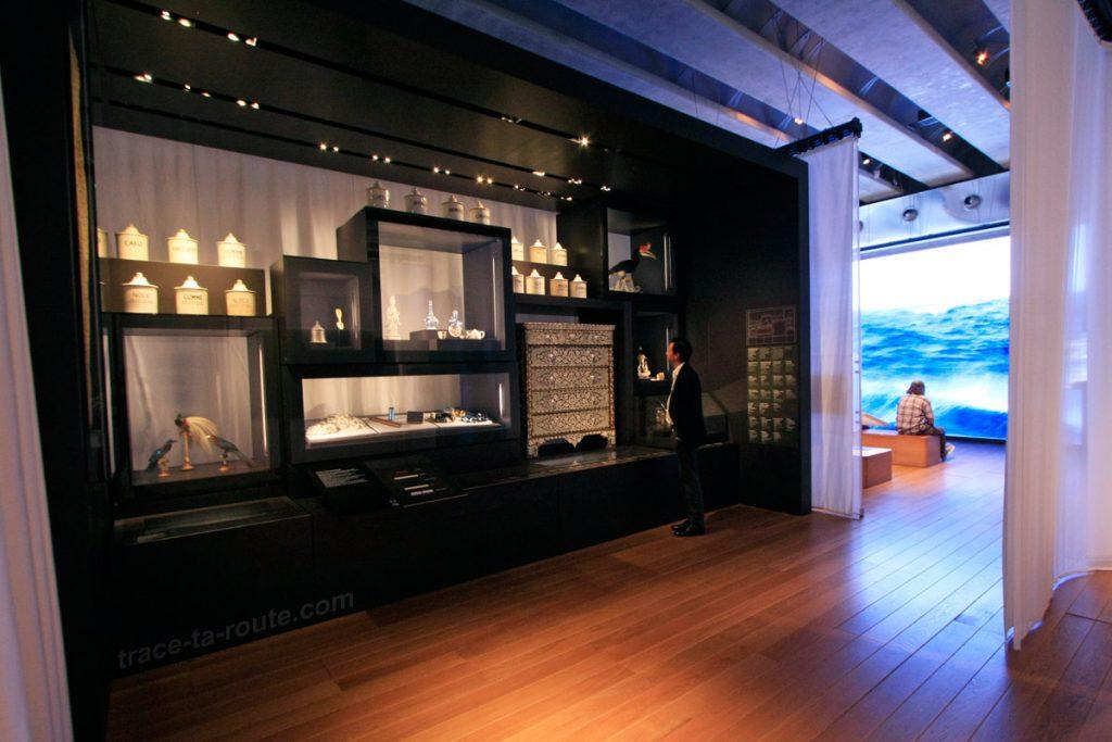 """""""Cabinet de curiosité"""" Merveilles des horizons lointains (MuCEM, Galerie de la Méditerranée, salle 4 : """"Au-delà du monde connu"""")"""