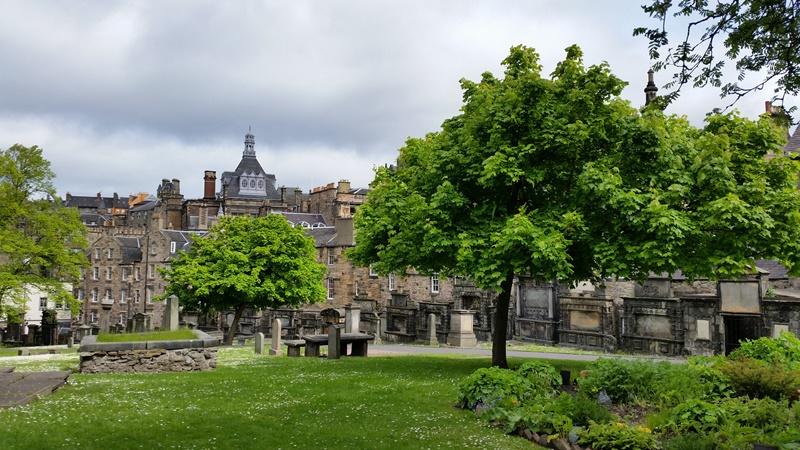 circuit en Ecosse, le cimetière des greyfriars à Edimbourg