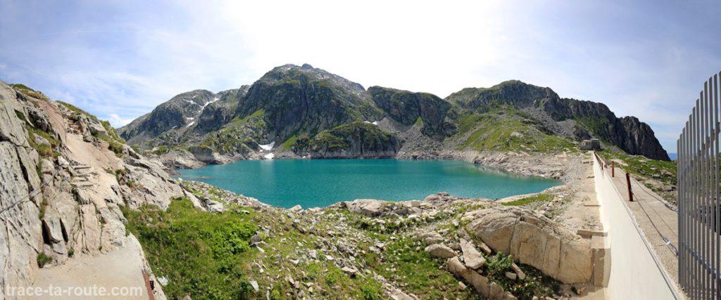 Le Lac Carré et son barrage - Lacs des 7 Laux Belledonne