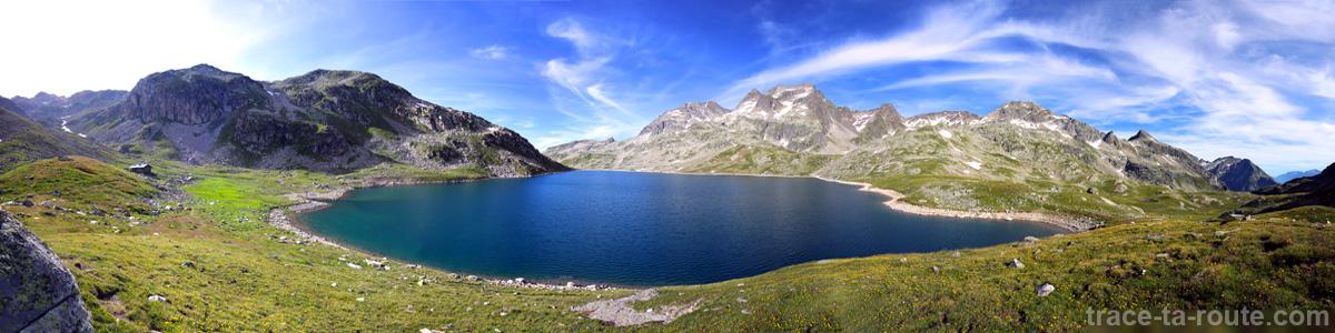 Le Lac du Coc et le Massif d'Allevard depuis le Col des Sept Laux - Lacs des 7 Laux Belledonne