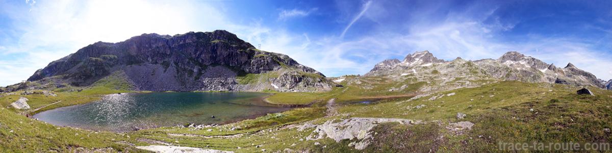 Le Lac Jeplan sous le Col des Sept Laux et le Massif d'Allevard - Lacs des 7 Laux Belledonne