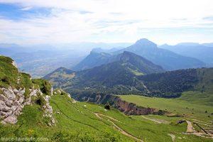 Le Sud de la Chartreuse et Chamechaude depuis la Dent de Crolles