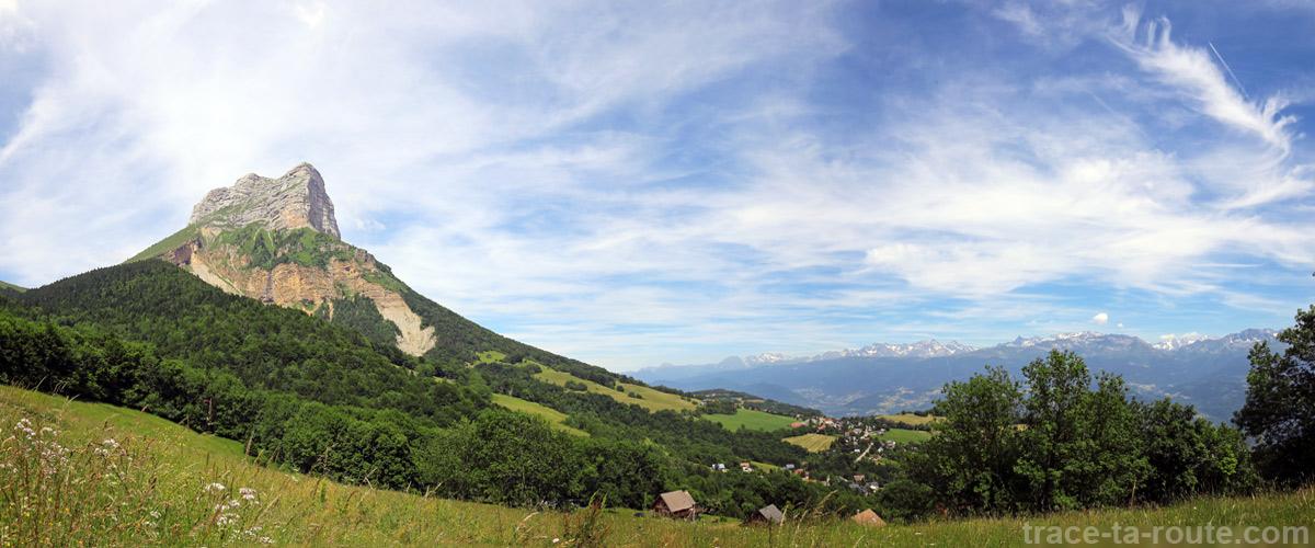 La Dent de Crolles et le Plateau des Petites Roches
