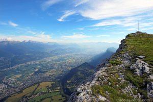 Vue sur le Grésivaudan depuis le sommet de la Dent de Crolles