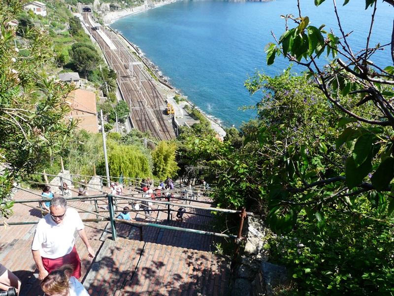 Escaliers Corniglia dans les Cinque Terre (5 Terre) en Italie
