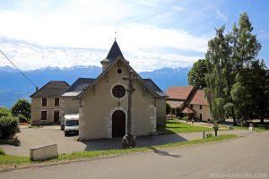 Église de Saint-Hilaire-du-Touvet et le funiculaire