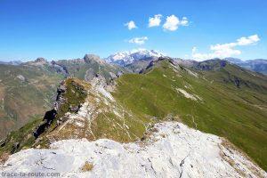Les Roches Merles et le Mont Blanc depuis la via ferrata de Roc du Vent Roselend