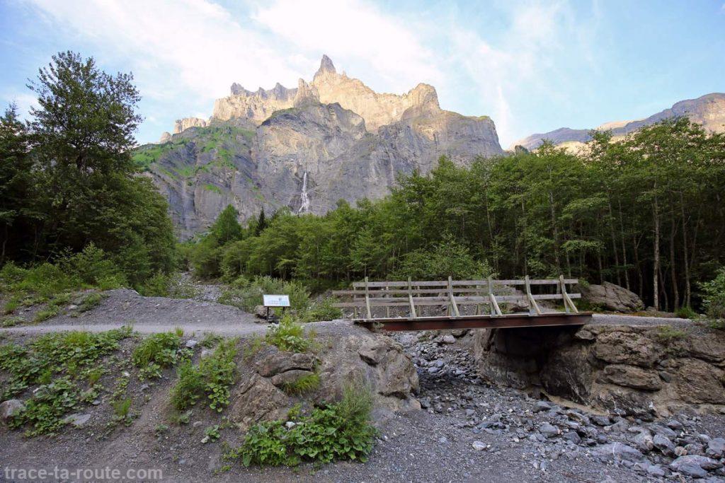Le Pic de Tenneverge depuis Fer-à-Cheval