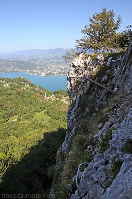 Via ferrata Dent du Chat Roc du Cornillon - parcours Primevère à Oreille d'Ours