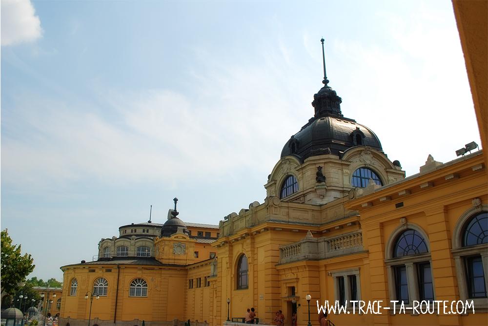 Bains Schezeny à Budapest - Blog Voyage Trace Ta Route