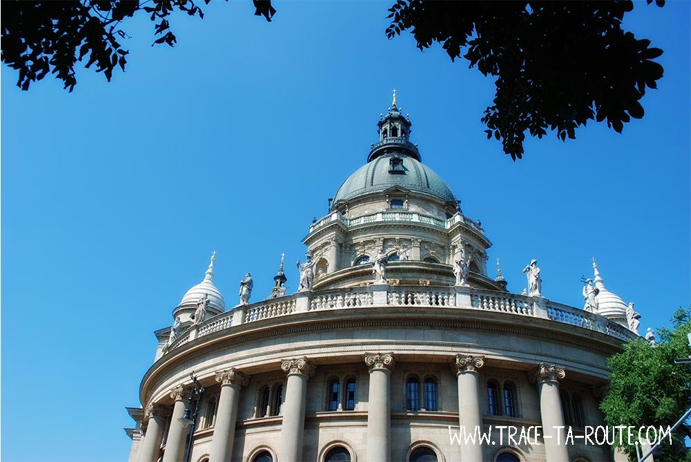 Basilique Saint Etienne à Budapest - Blog Voyage Trace Ta Route