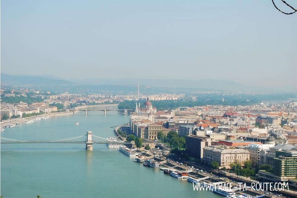 Panorama sur Pest depuis Buda - Blog Voyage Trace Ta Route