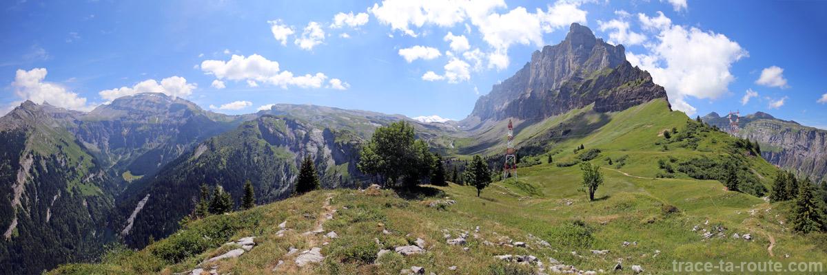 Le Buet, la montagne d'Anterne, la Pointe de Sales depuis le Collet d'Anterne
